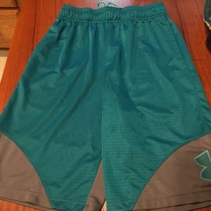 Under Armour Shorts - Under armour green shorts